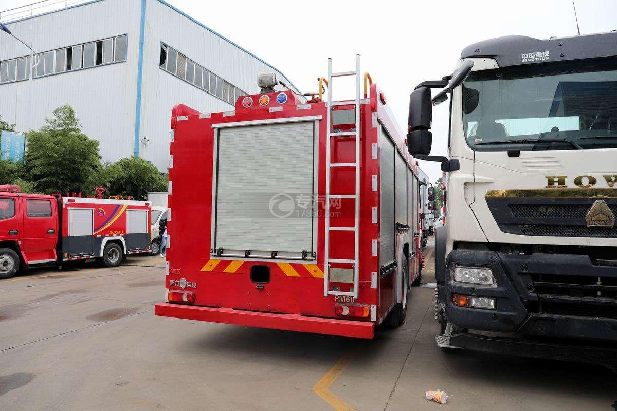 福田欧航单桥国六泡沫消防车侧后方图