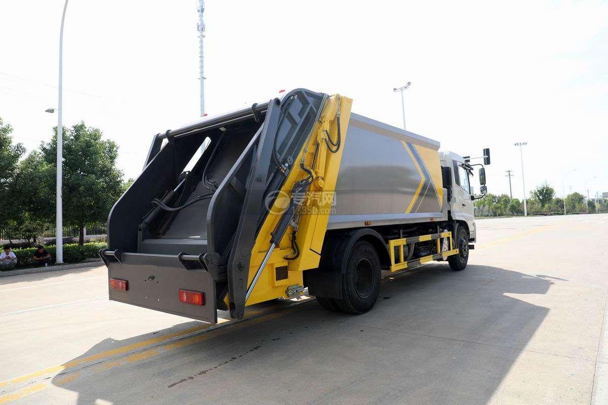 东风天锦VR单桥国六230马力压缩式垃圾车侧后方图