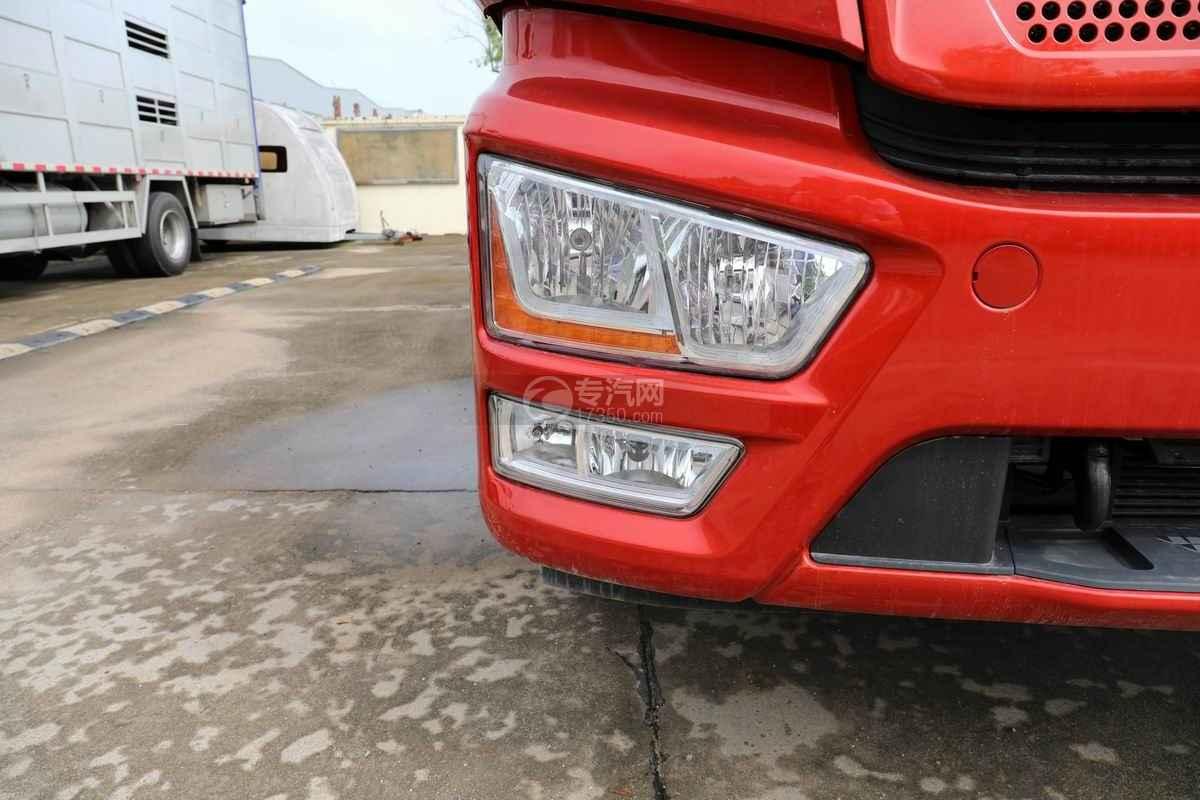 解放J6L单桥国六铝合金畜禽运输车(新款)车灯