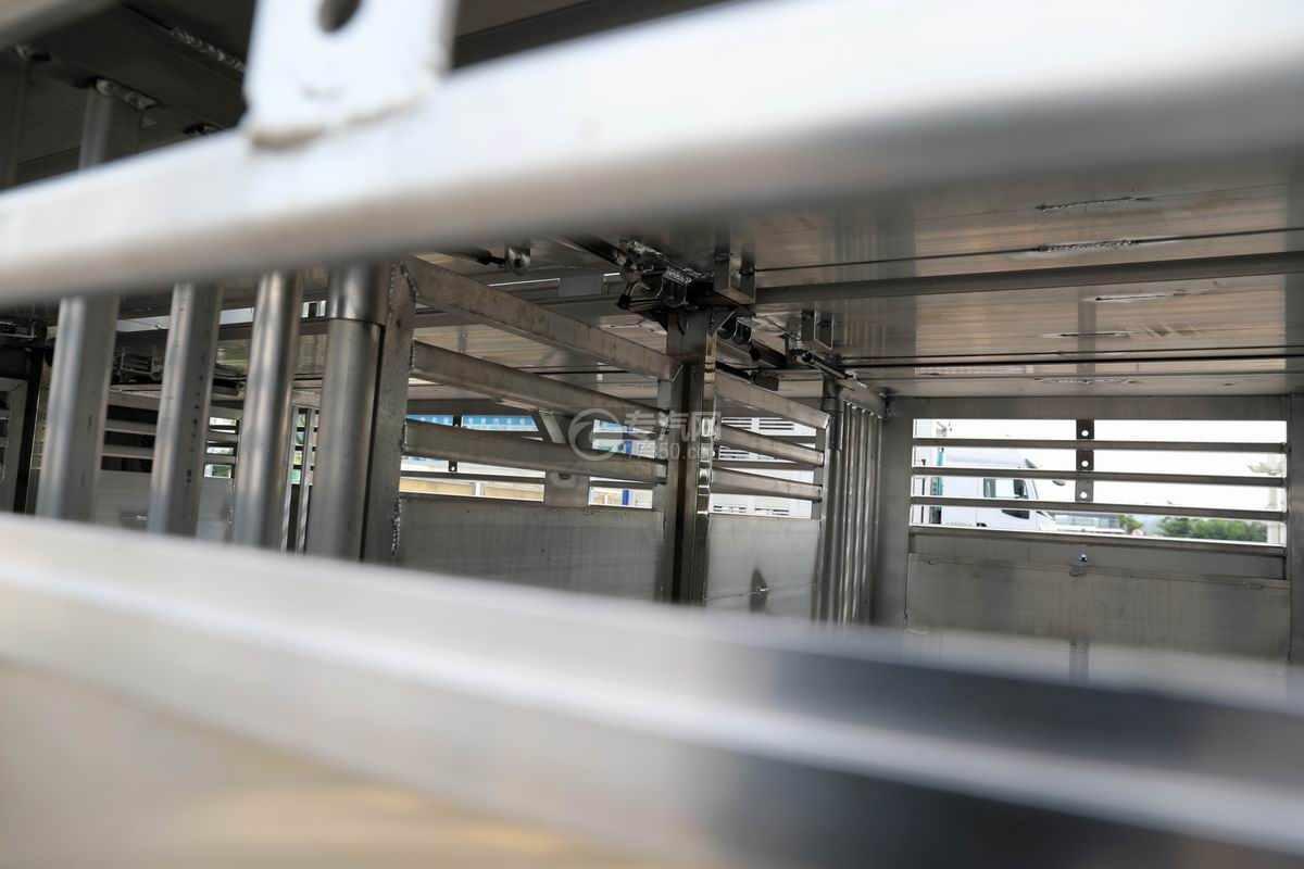 解放J6L单桥国六铝合金畜禽运输车(新款)细节