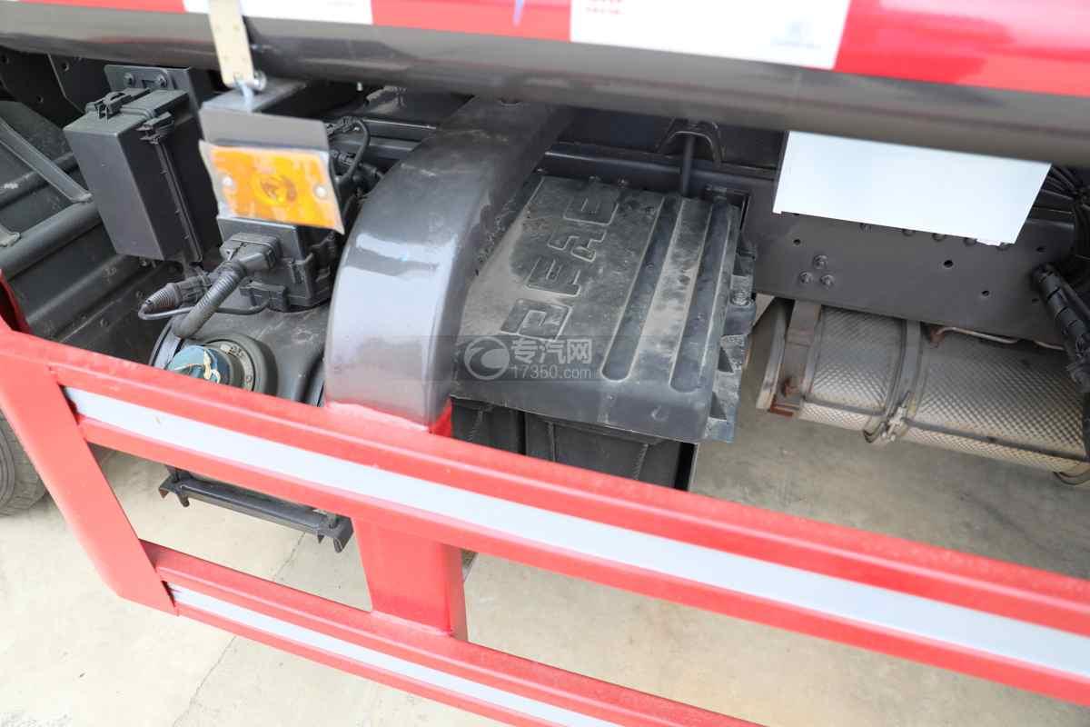 东风多利卡D6国六4方绿化喷洒车电瓶