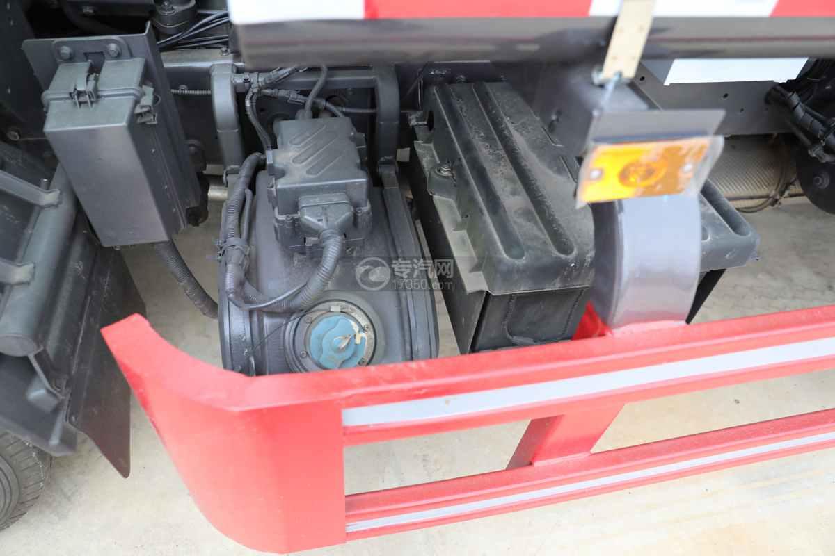 东风多利卡D6国六4方绿化喷洒车尿素罐