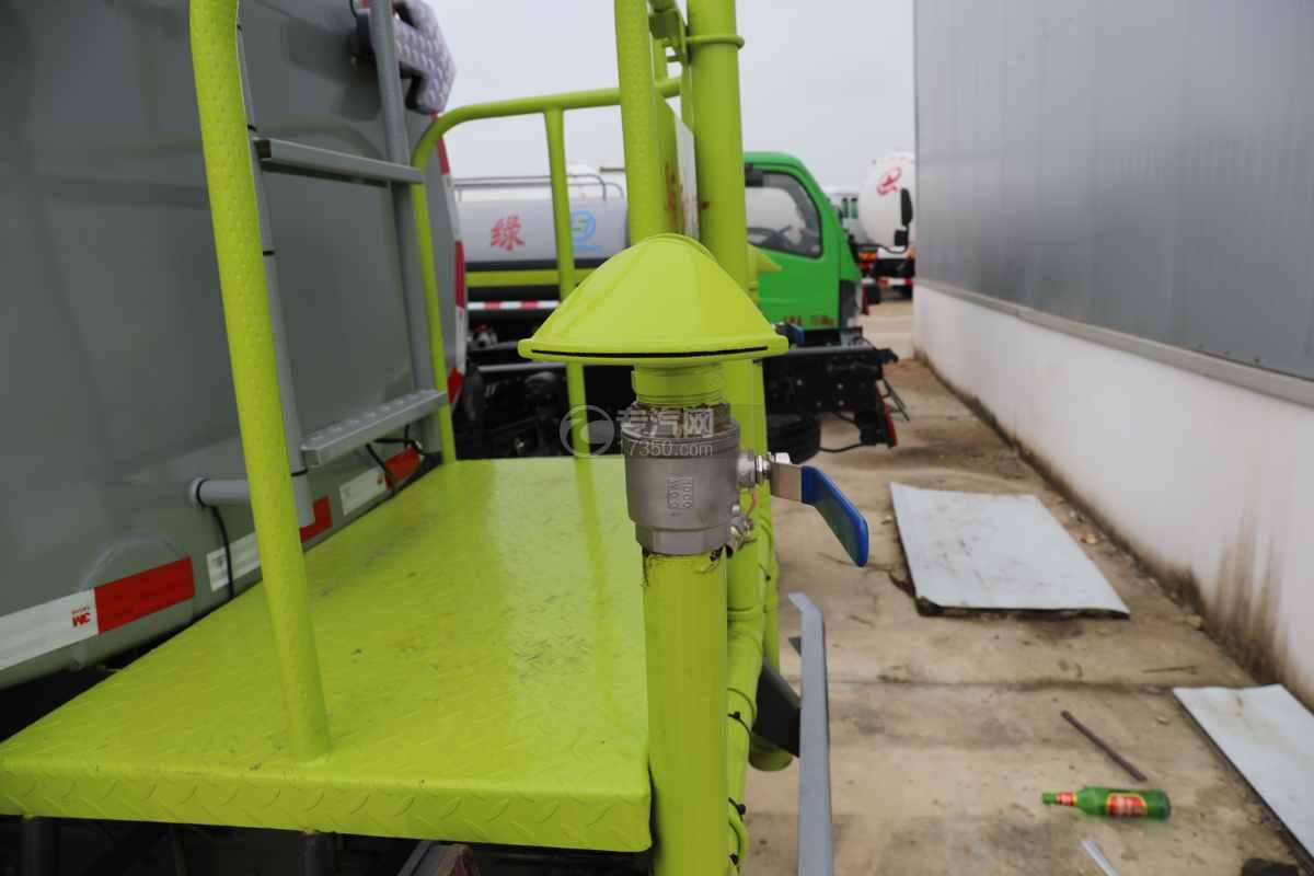 东风多利卡D6国六4方绿化喷洒车侧喷