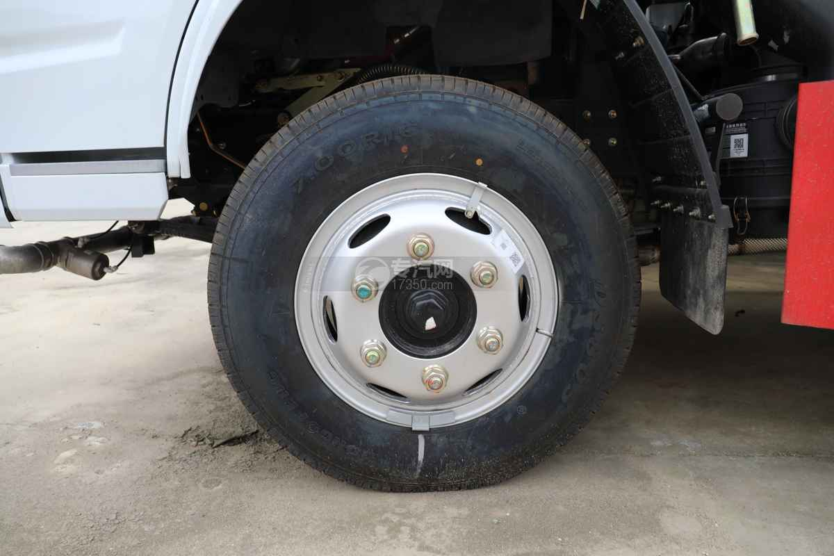 东风福瑞卡F6国六4方绿化喷洒车轮胎