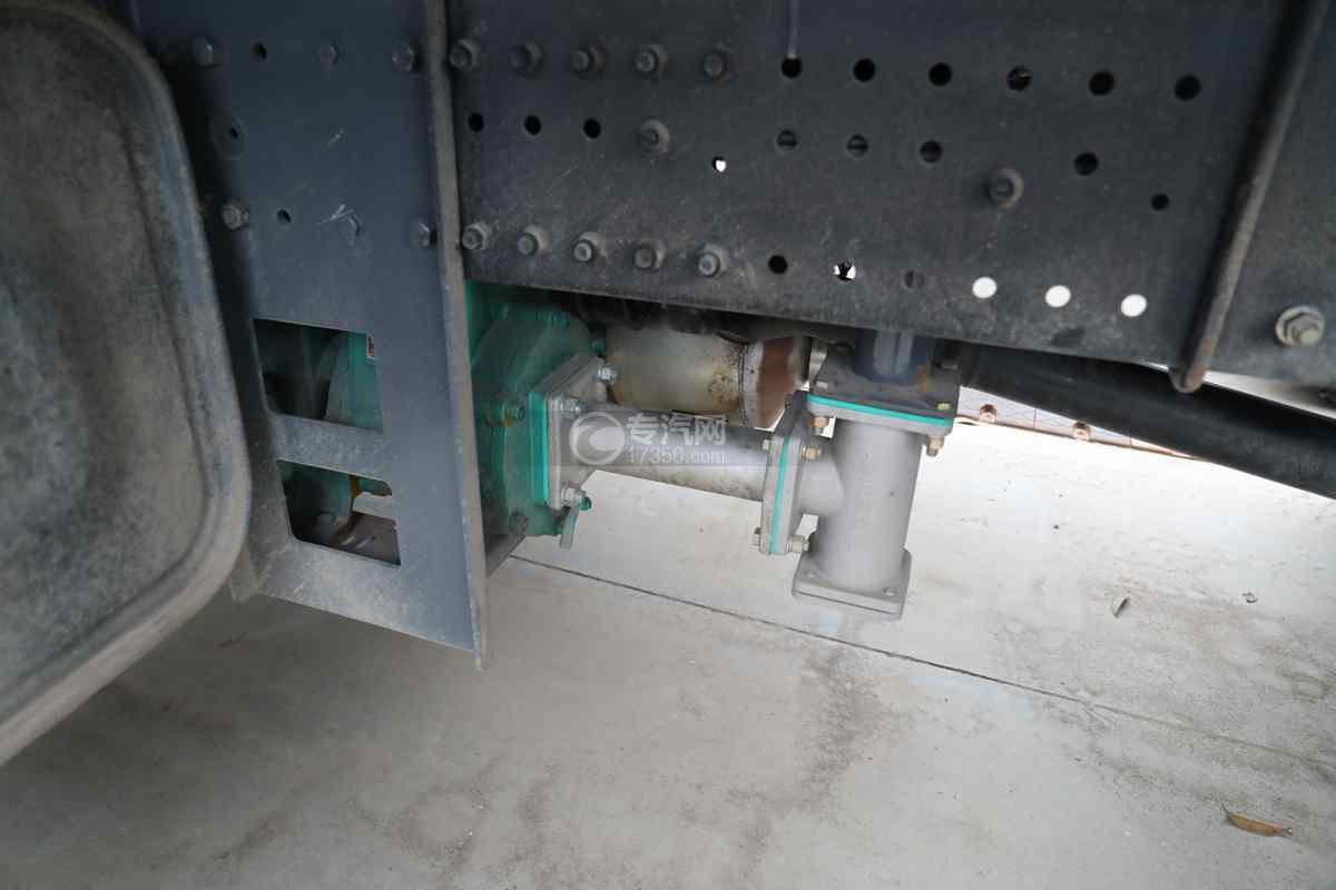 陕汽德龙L3000国六14.49方绿化喷洒车洒水泵