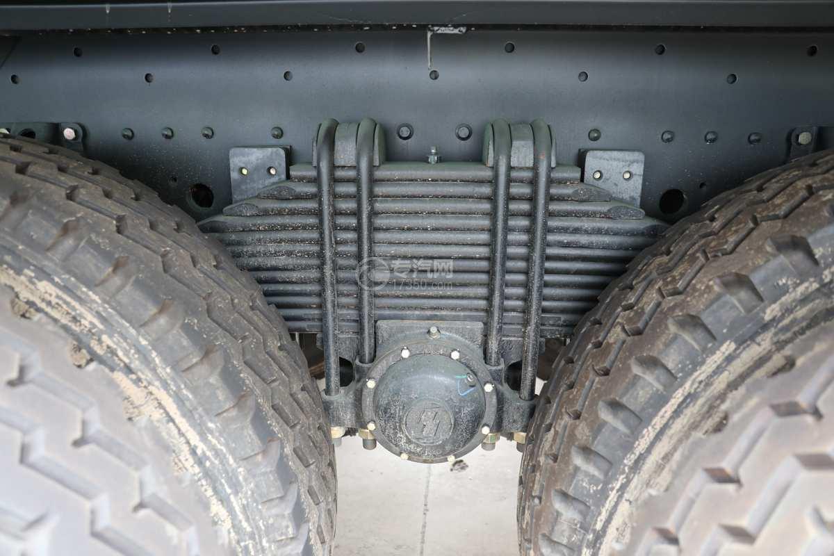 陕汽德龙新M3000前四后八国六40方绿化喷洒车带电子炮板簧