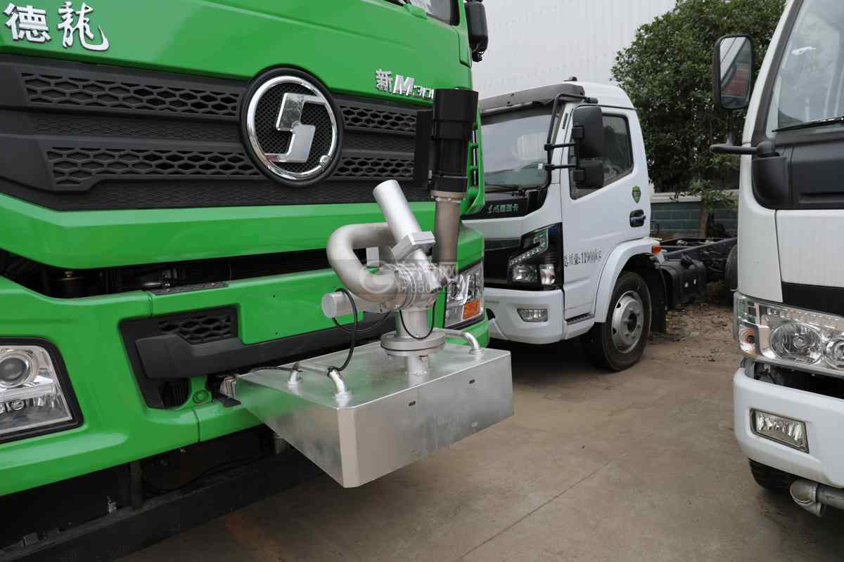 陕汽德龙新M3000前四后八国六40方绿化喷洒车带电子炮电子炮