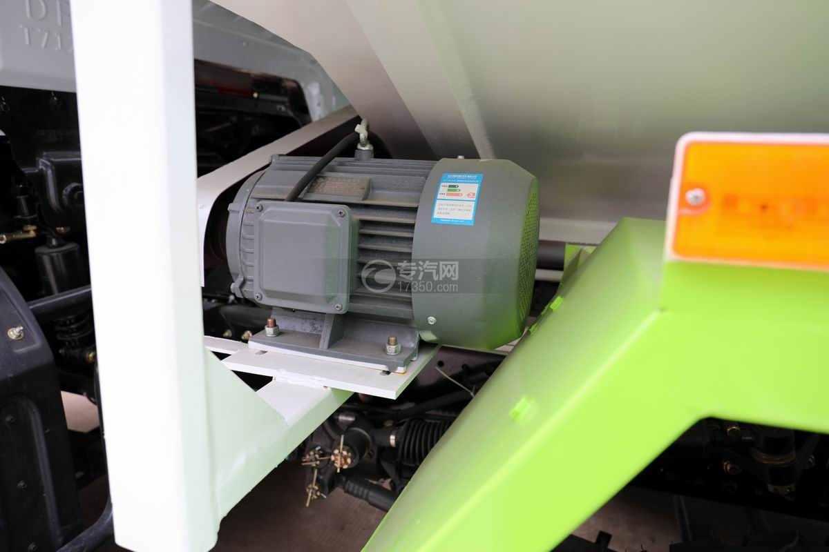 东风华神T5小三轴国六散装饲料运输车电机