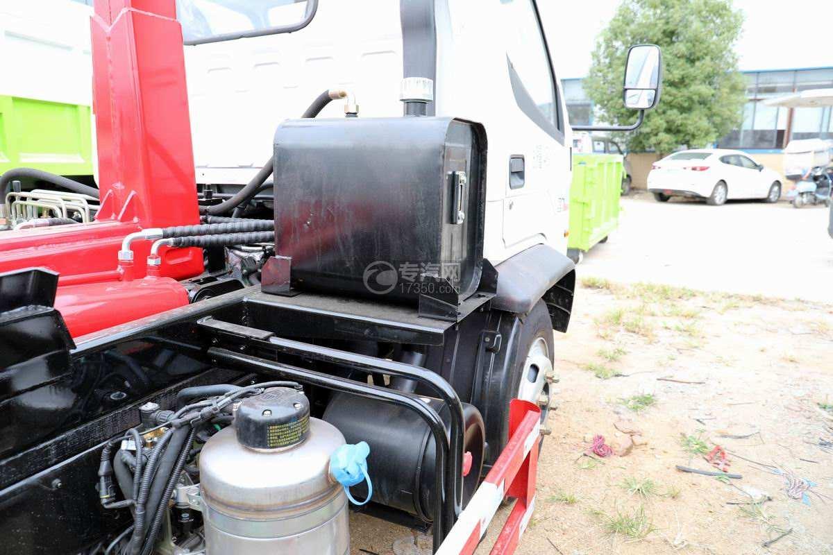 一汽红塔解放霸玲国六车厢可卸式垃圾车液压油箱