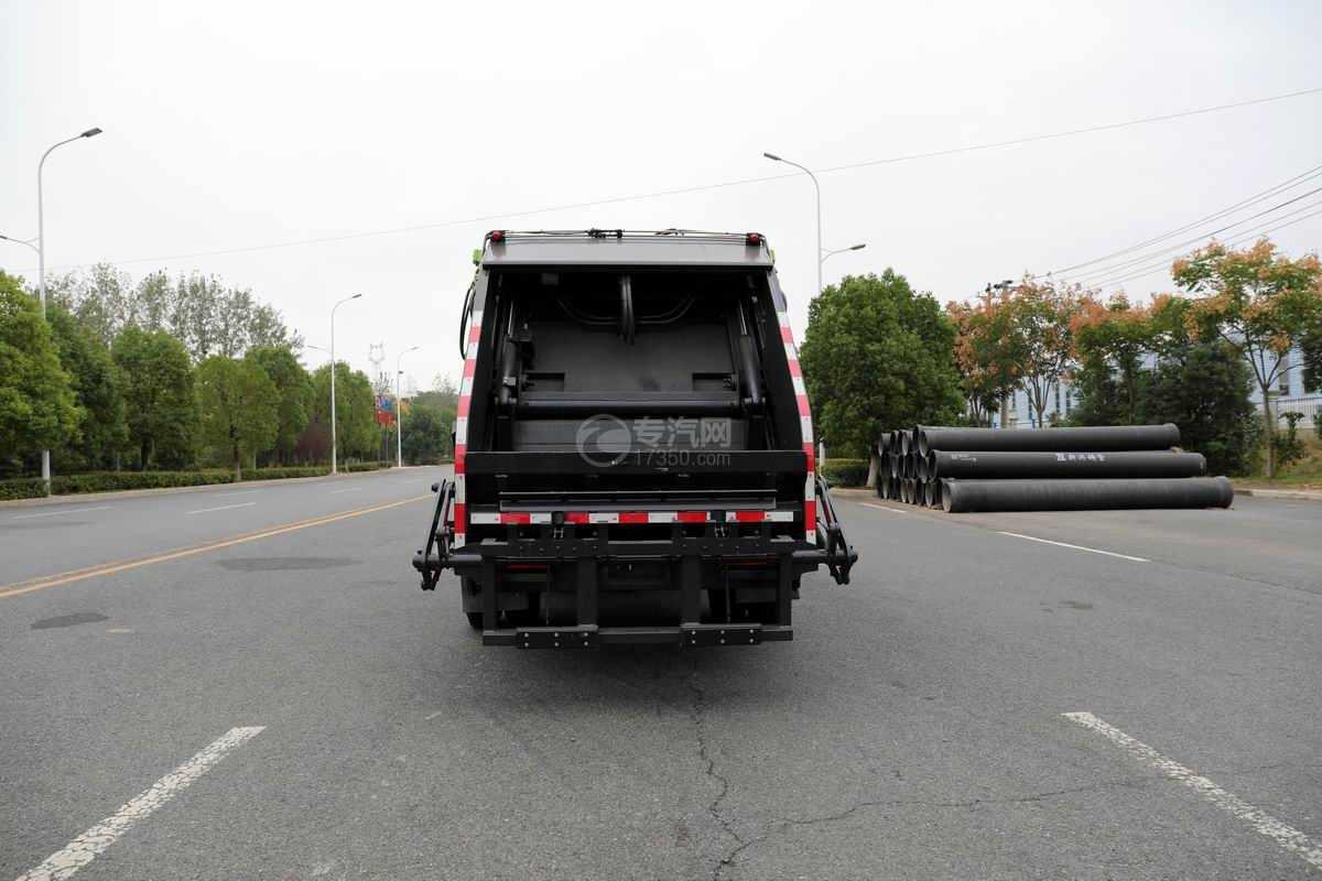 大运奥普力单排国六压缩式垃圾车正后方图