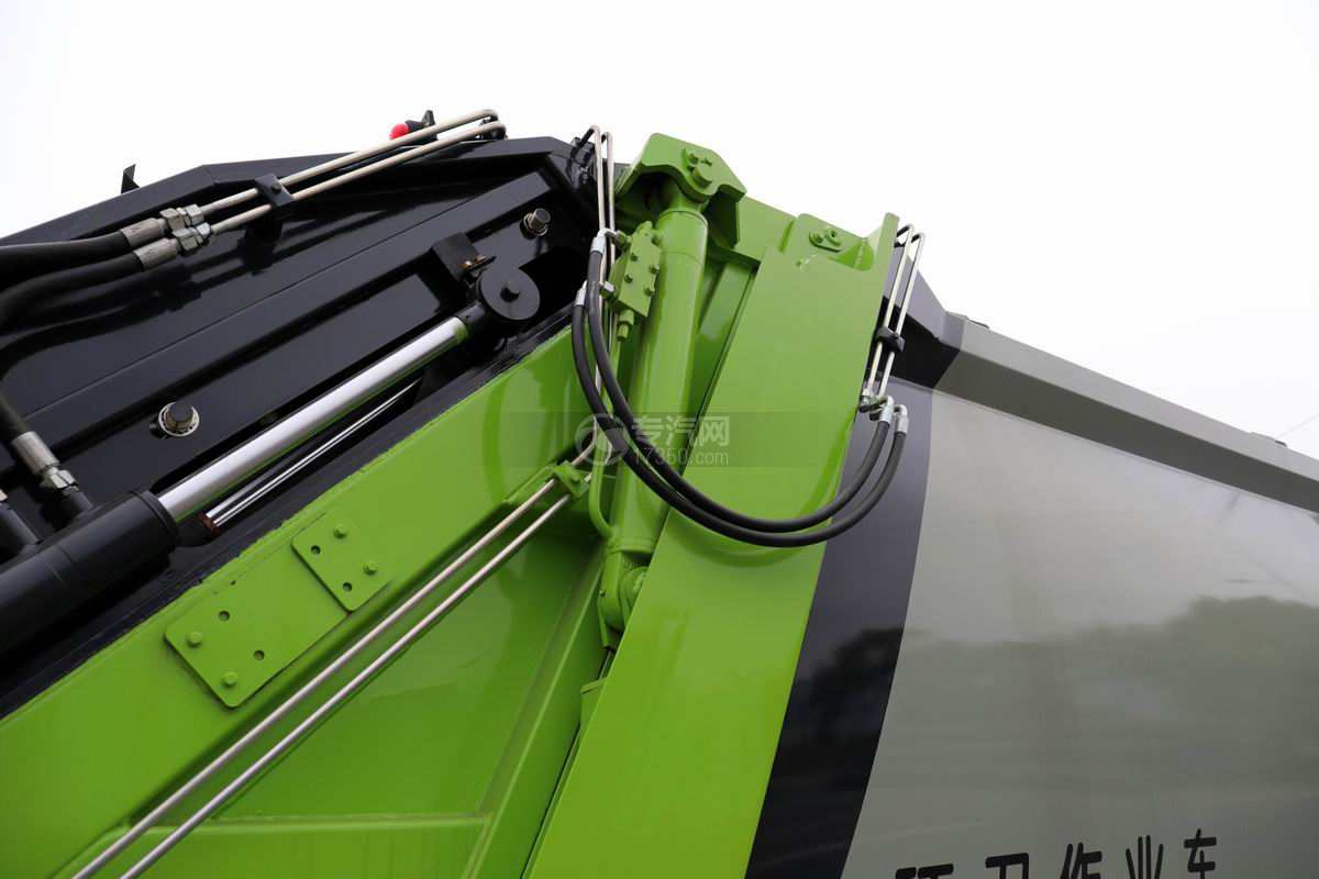 大运奥普力单排国六压缩式垃圾车液压油缸