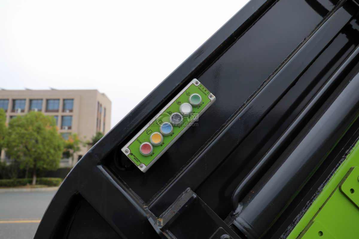 大运奥普力单排国六压缩式垃圾车电控按钮