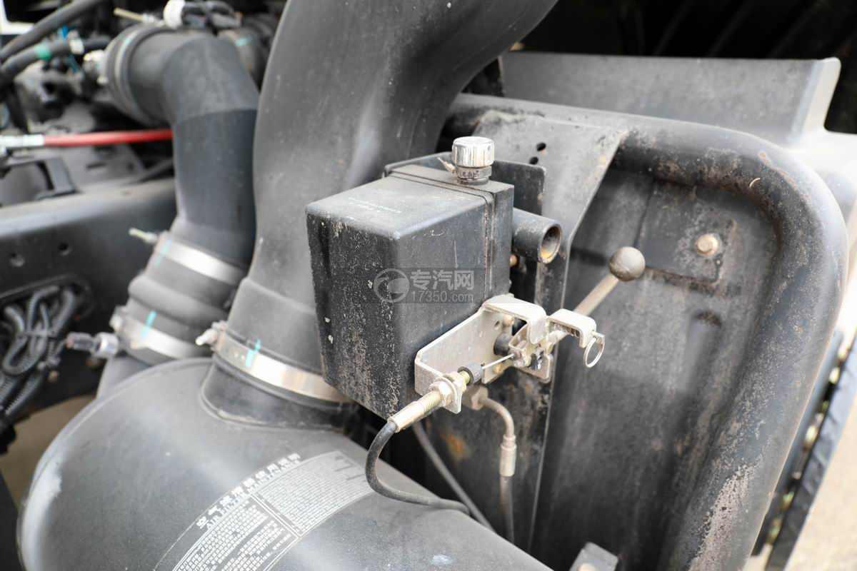 东风锦程K6单桥国六粉粒物料运输车驾驶室翻转装置