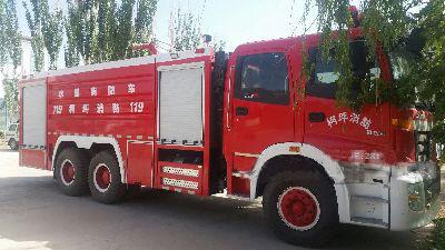 12吨水罐消防车