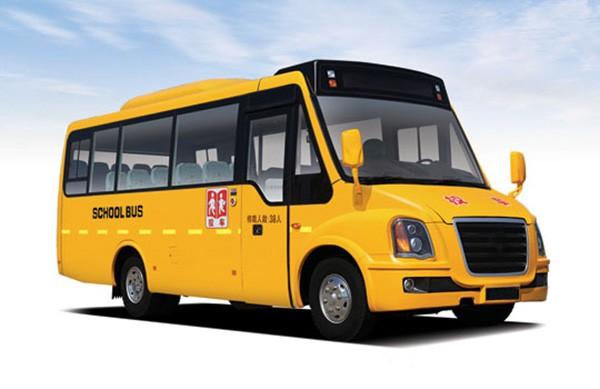 校车GPS行车记录仪的使用和保养
