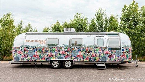 花费100000美元 换来美国艺术家的梦想中房车