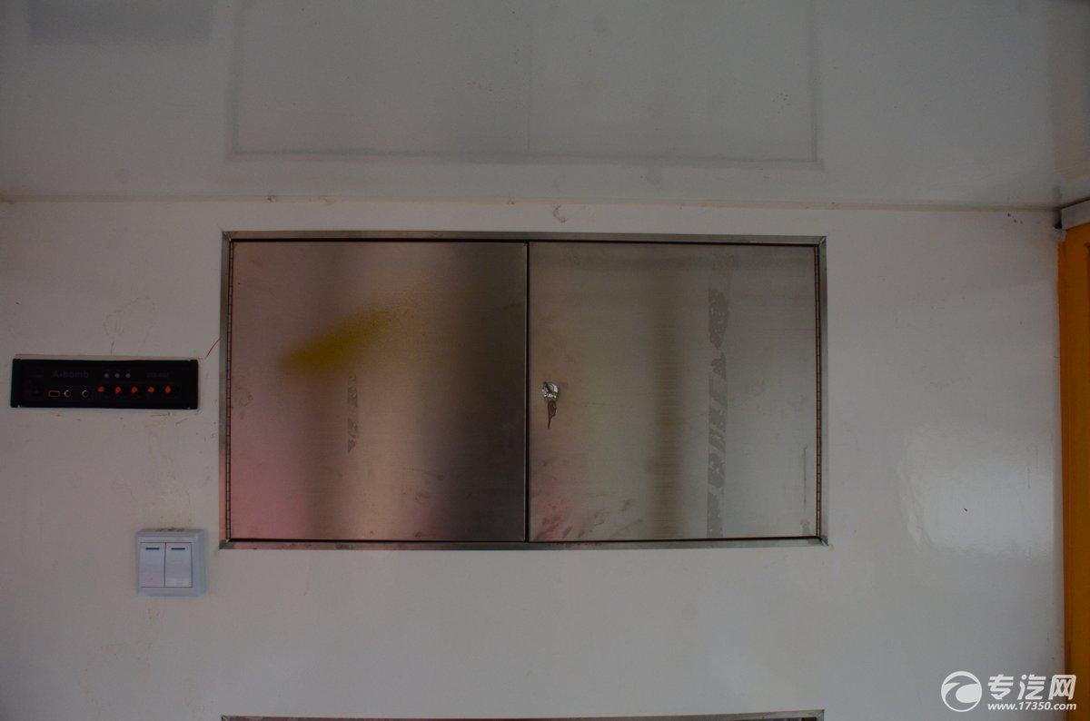 开瑞流动售货车储物柜1
