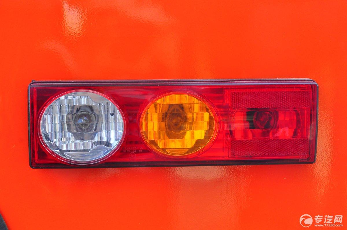 福田伽途T3国五流动售货车尾灯