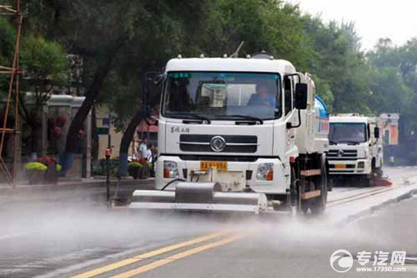 武汉早晚高峰二环线以内禁行洒水车