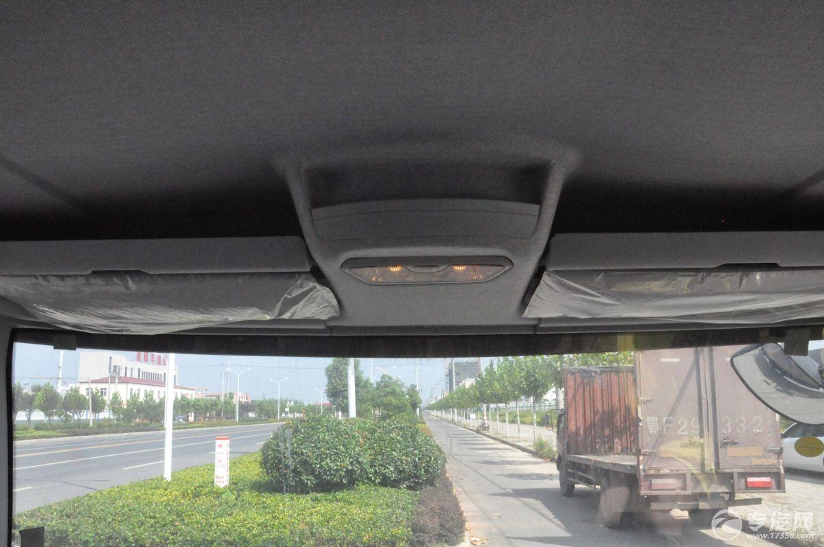 解放J6一拖二清障车照明灯