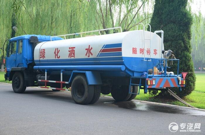 """""""自动浇灌系统""""洒水车 让绿化不再""""喝""""自来水"""