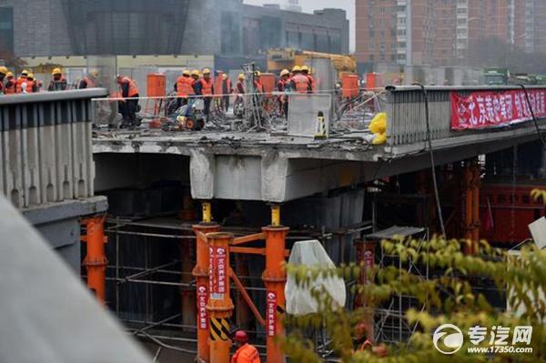 """北京三元桥焕然一新 玄武岩抗""""混凝土癌症"""""""