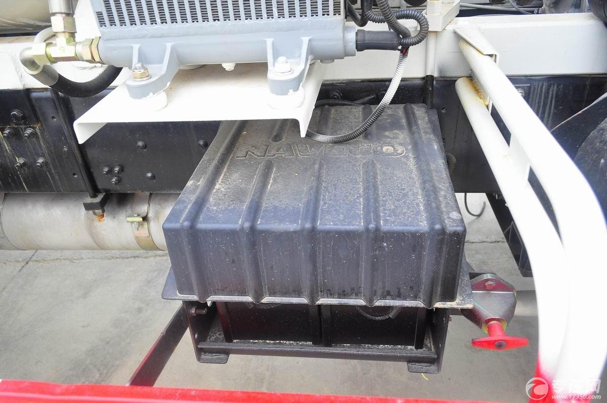 跃进开拓排半混凝土搅拌车蓄电池