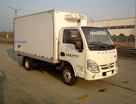跃进小福星汽油版冷藏车(厢长3.05米)