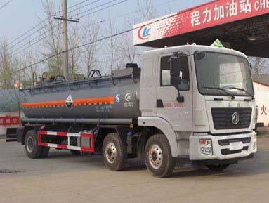 东风腐蚀性物罐式运输车